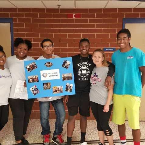 TEN Group Mentoring Students